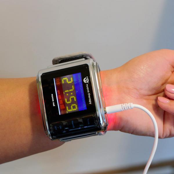 laserove-hodinky-terapie-zlepseni-krve-pujceni-prodej-praha-BIORET-vyzkousejte